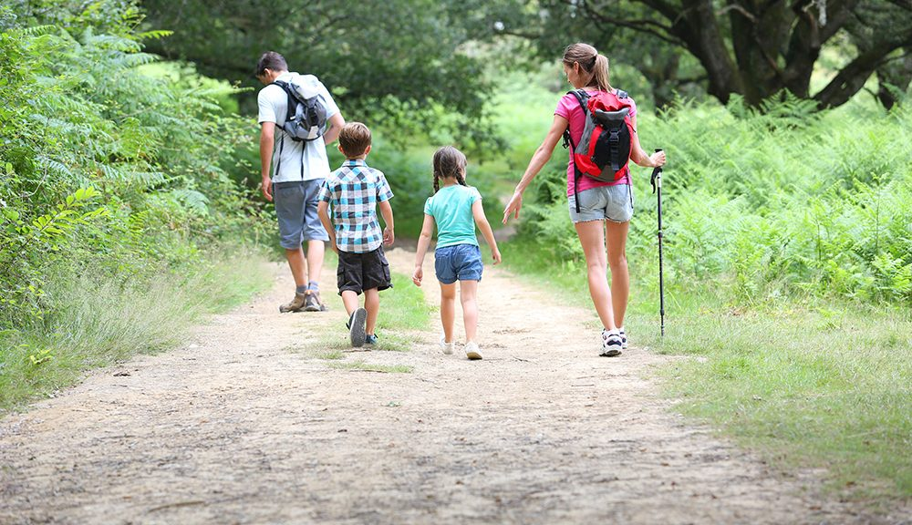 2016 summer hiking safety tips featured