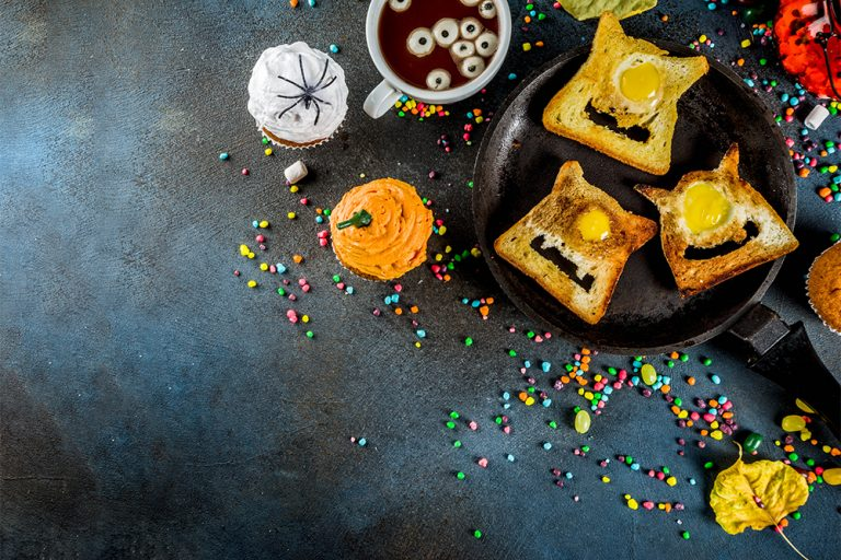 5 Easy Halloween Recipes for fun in the Cabin