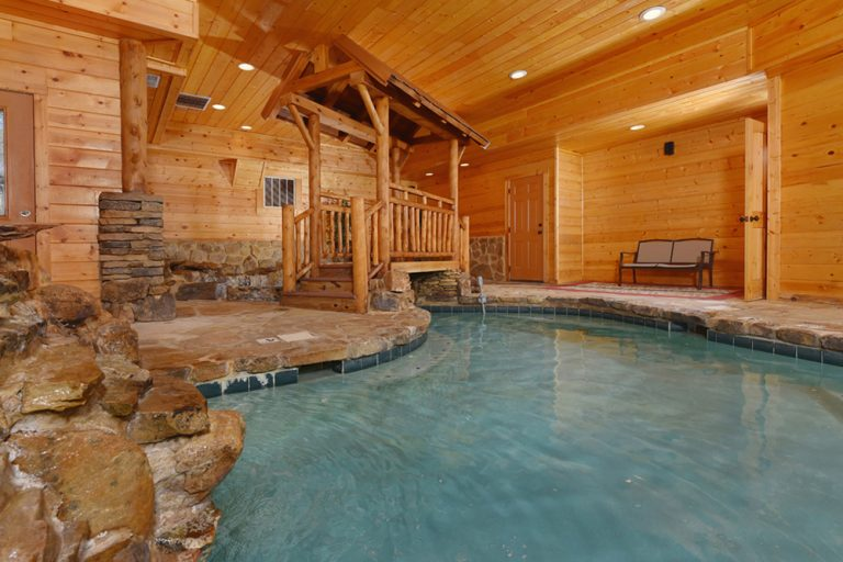 Pool Cabins for YOU in Gatlinburg, TN