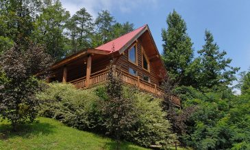 Save Some Green — See Some Green! | Vacay to the Smokies on a Budget This Spring