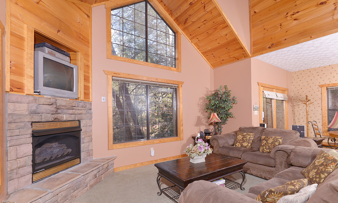 cheap about questions cabin view bedroom luxury from a choosing in galtinburg when cabins to ask tn gatlinburg blog