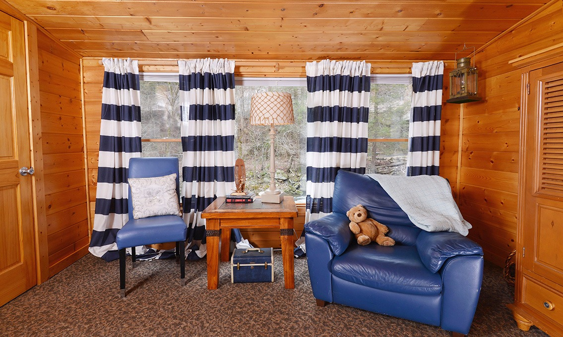 Gatlinburg cabin rentals a poolin 039 around cabin - 12 bedroom cabins in gatlinburg tn ...