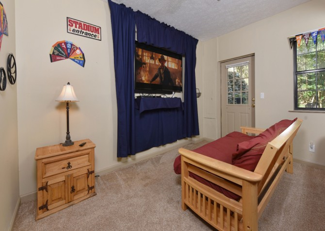 Pigeon Forge - Country Bears Cabin - Theater