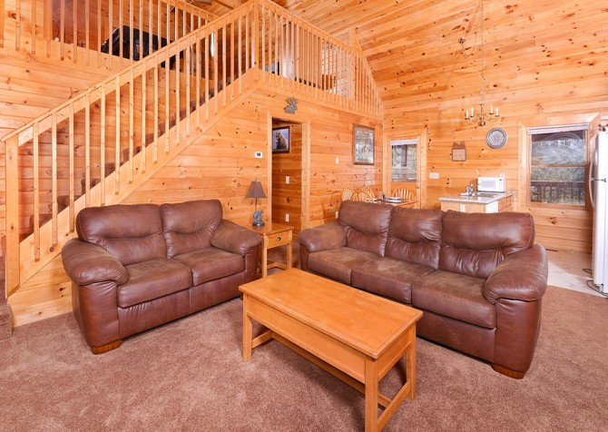 Pigeon Forge - Knotty Desire - Living