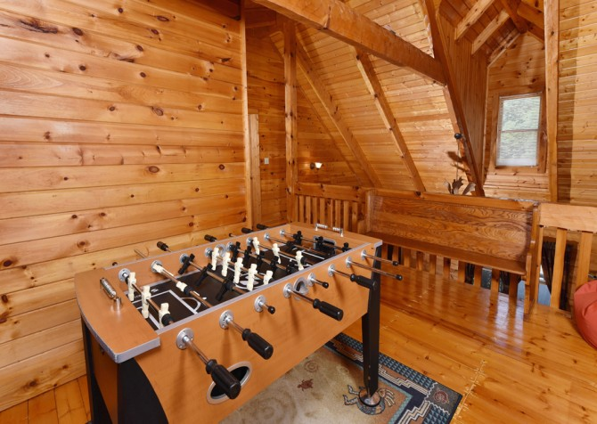 Pigeon Forge - Holden On - Rec Room