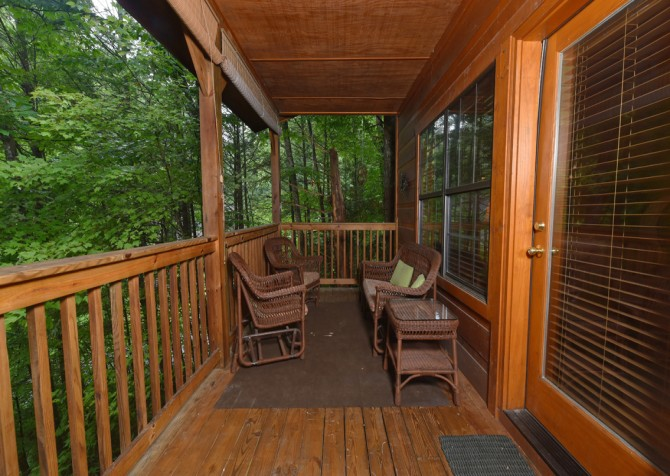 Gatlinburg - Hillside Escape - Deck