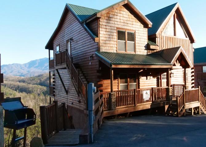 Pigeon Forge Cabin- Paradise Peak – Exterior