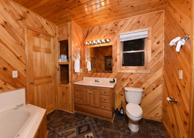 Gatlinburg Cabin - Think A Little Less - Bathroom