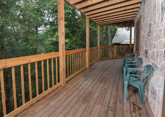Gatlinburg Cabin - Our Mountain Home - Deck