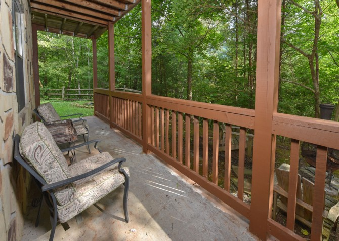 Pigeon Forge - Country Bears Cabin - Deck