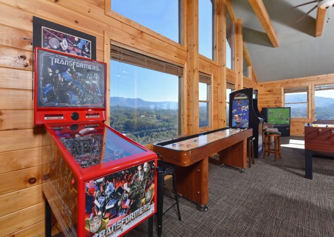 Pigeon Forge Cabin - Crestview Lodge - Rec Room