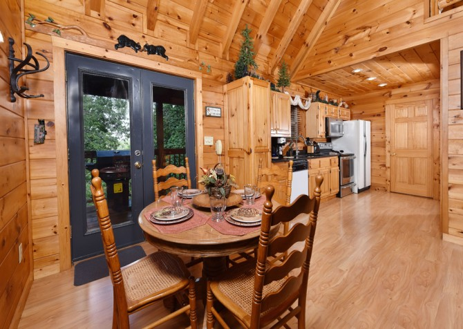 Pigeon Forge Cabin- Hooked On Love – Kitchen