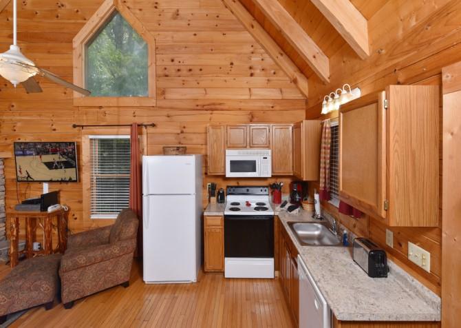 Pigeon Forge - Big Chill - Kitchen