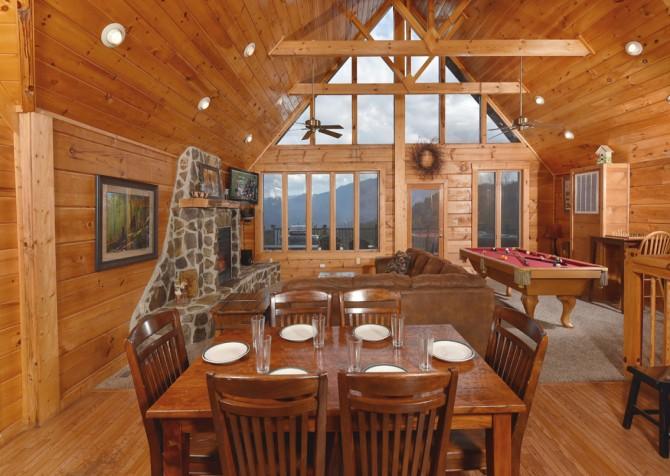 Gatlinburg Cabin - Eagle's Nest - Kitchen