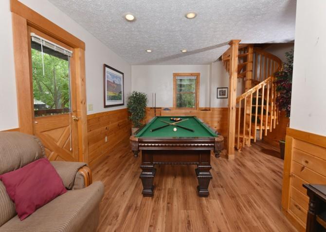 Gatlinburg Cabin - Our Mountain Home - Rec Room