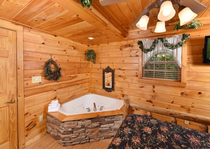 Pigeon Forge Cabin- Hooked On Love – Bedroom