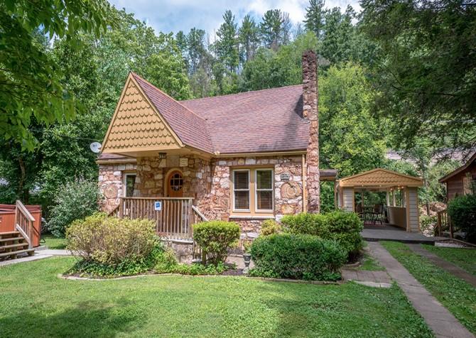 Gatlinburg Simone's Cottage