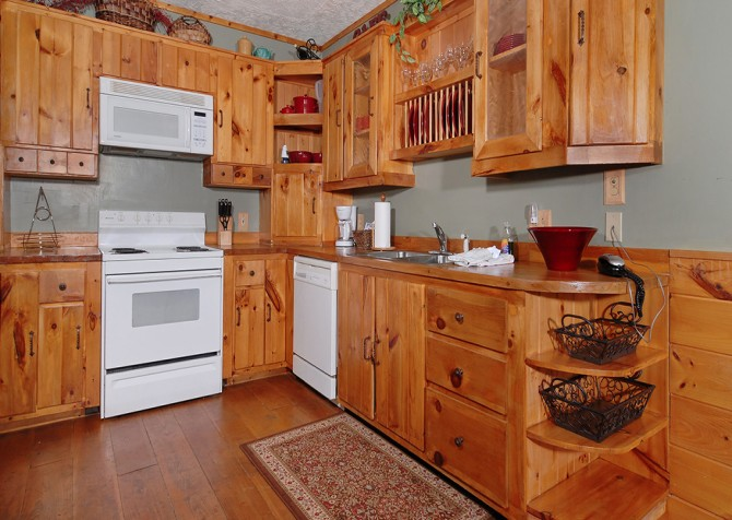 Pigeon Forge Cabin- An Unforgettable Cabin – Kitchen