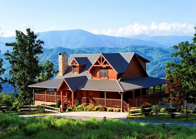 Pigeon Forge The Deck House Exterior