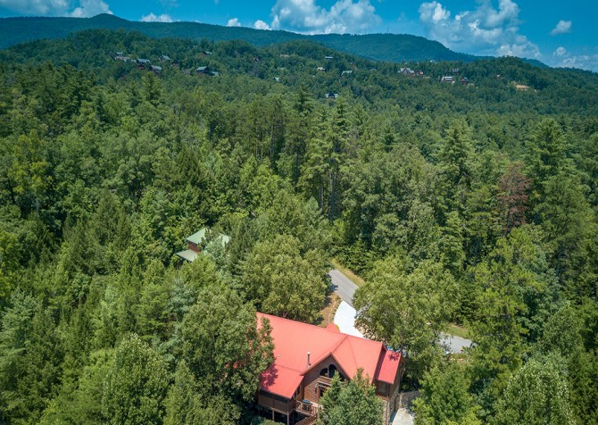 Pigeon Forge Cabin- Cadillac Creek – Exterior