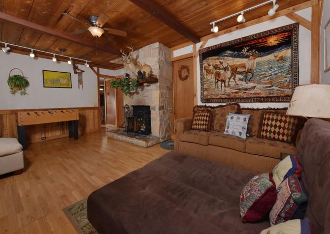 Pigeon Forge - Stonecreek Cottage - Living Room