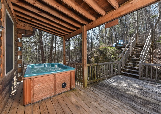 Pigeon Forge - Little Bearadise - Hot Tub