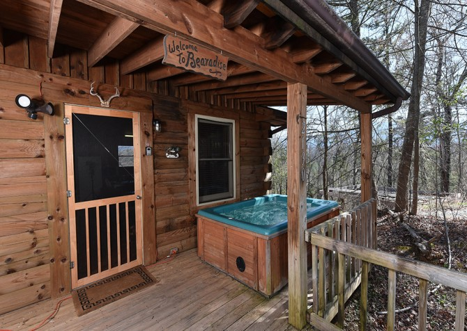 Pigeon Forge - Little Bearadise - Covered Deck/Hot Tub