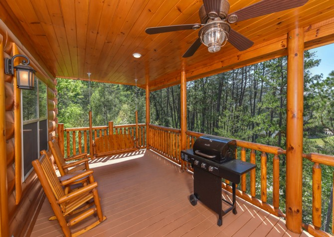 Pigeon Forge Cabin - Grizzly Getaway - Grill