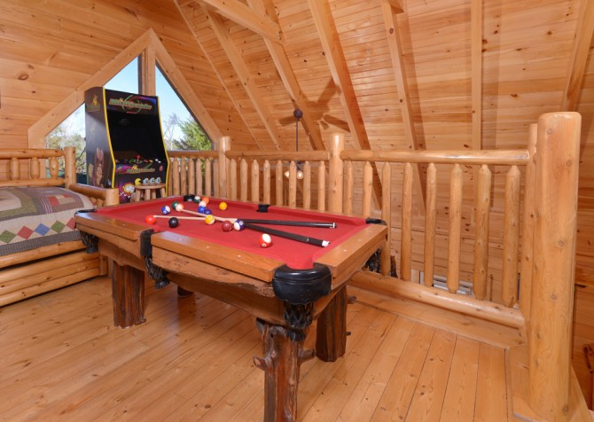 pigeon forge cabin – dancing with the stars – Rec Room