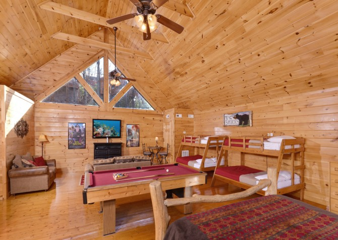 Pigeon Forge Cabin- Be Our Guest – Loft Game and Bed Room