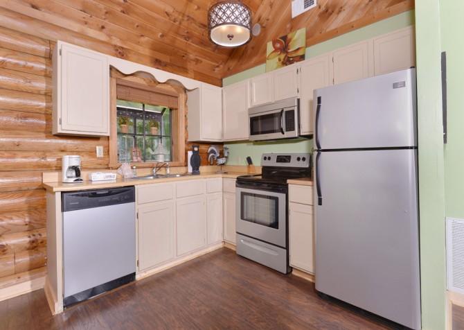 gatlinburg cabin - kandy kisses - kitchen