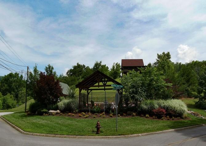 Eagle Springs Resort - Outdoor Community Pool