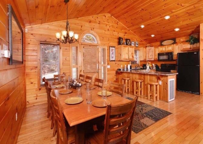 Gatlinburg Cabin- Absolute Heaven - Dining Area - Kitchen