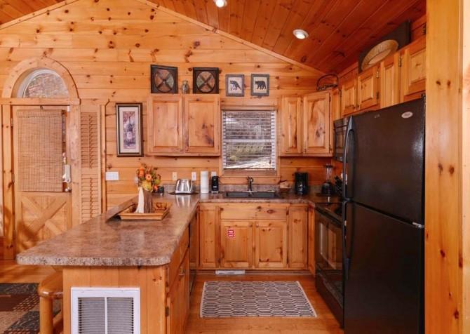 Gatlinburg Cabin- Absolute Heaven - Kitchen
