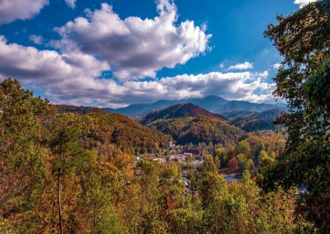 Gatlinburg Cabin- Absolute Heaven - View