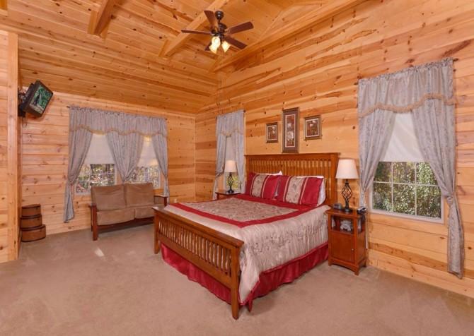 Gatlinburg Cabin- Amy's Place – Bedroom 2