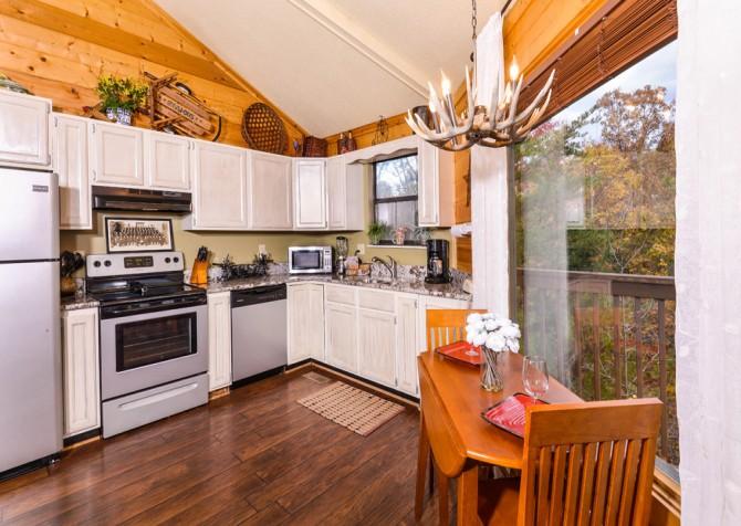 Gatlinburg Cabin- Apparent Seclusion– Kitchen