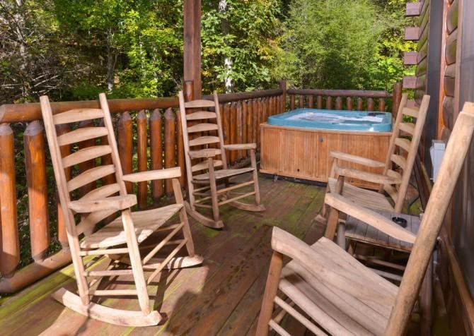 Gatlinburg Cabin -As Good As It Gets – Deck