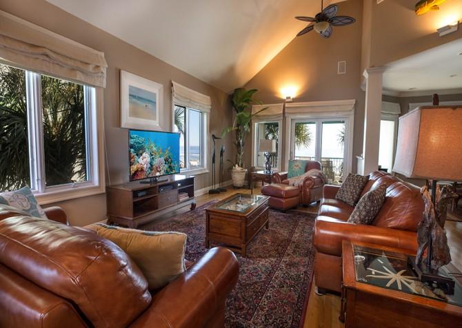 Perdido Beach House - Living