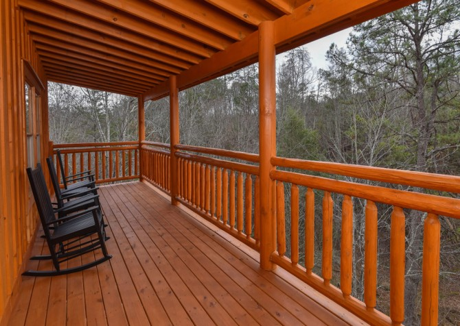 Pigeon Forge - Emerald and Evergreen At Sherwood - Covered Deck