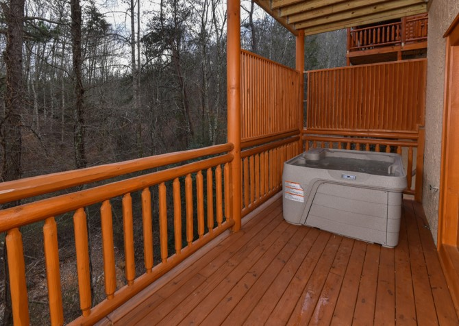 Pigeon Forge - Emerald and Evergreen At Sherwood - Hot Tub