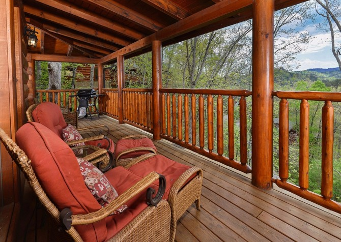 Pigeon Forge - Absolutely Wonderful - Deck Seating
