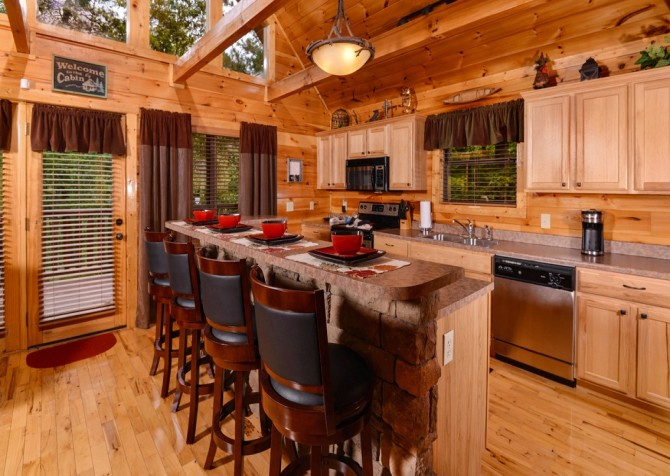 Pigeon Forge Cabin- Alone At Last – Kitchen Bar Area
