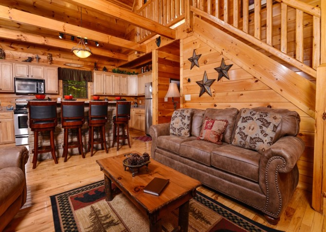 Pigeon Forge Cabin- Alone At Last – Living Room