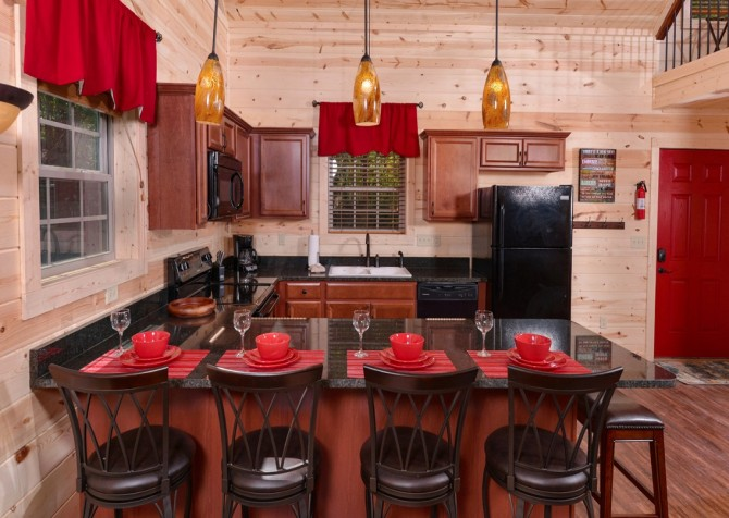 Pigeon Forge Cabin- Along The Right Path – Kitchen Bar