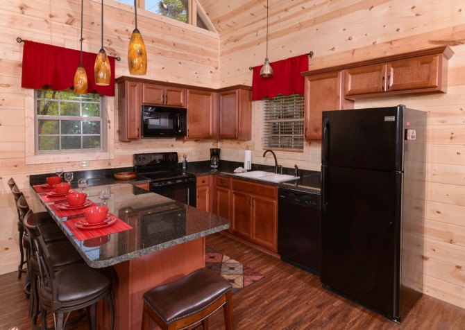 Pigeon Forge Cabin- Along The Right Path – Kitchen