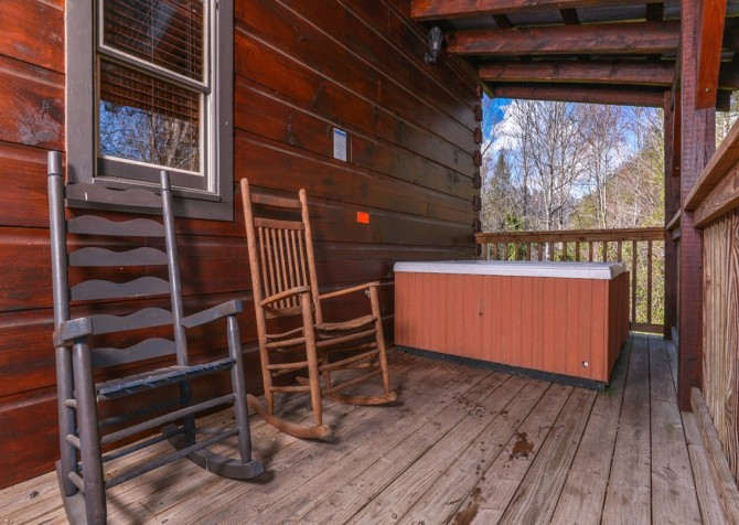 Pigeon Forge Cabin- American Dream – Deck With Hot Tub