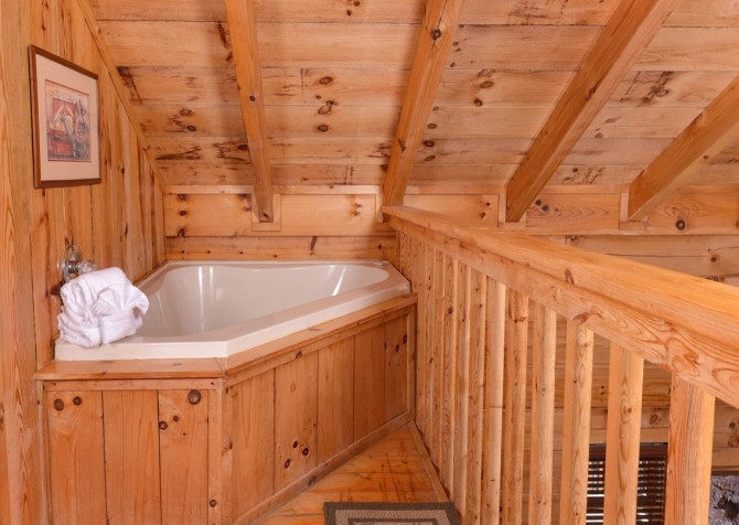Pigeon Forge Cabin- American Dream – Indoor Jetted Tub