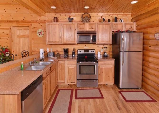 Pigeon Forge Cabin- Applewood Manor – Kitchen
