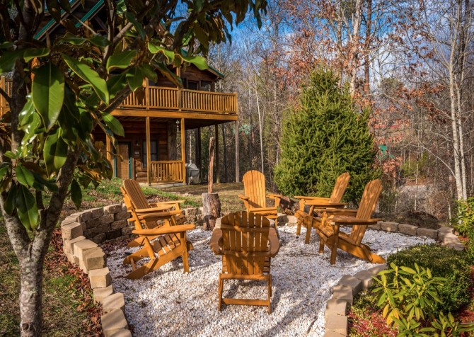 Pigeon Forge Cabin -Awesome Getaway and a Theater – Fire Pit
